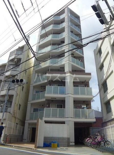 B CITY APARTMENT NAKANO EASTの外観