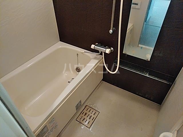 Fierte中野 903号室の風呂