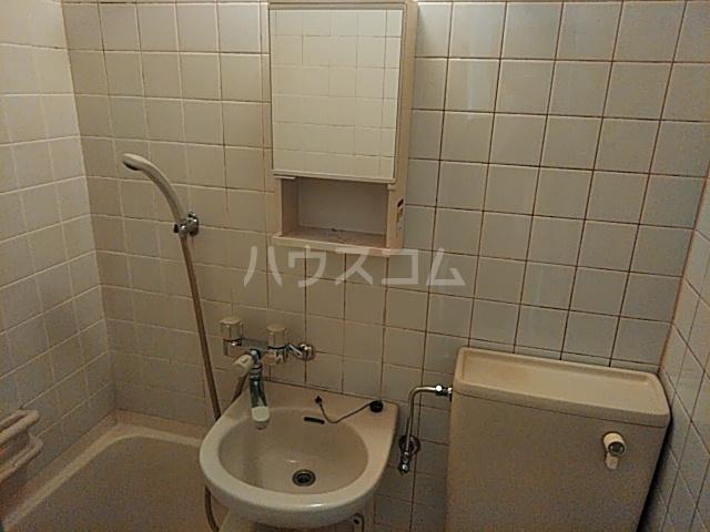 マリーヌ伊勢崎 404号室の洗面所