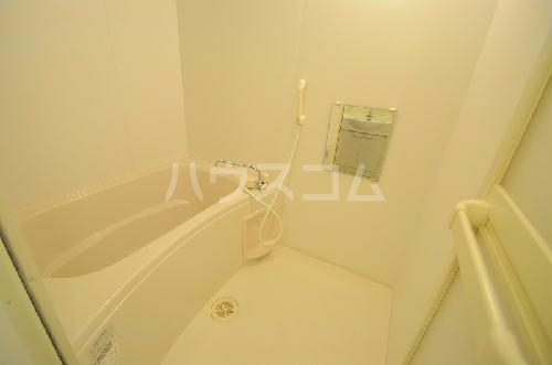 レオネクスト桃の木 101号室の風呂