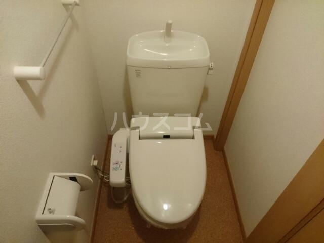 メルヴェールナカムラ壱番館 01010号室のトイレ