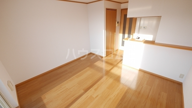 セイバリ- 02010号室のリビング