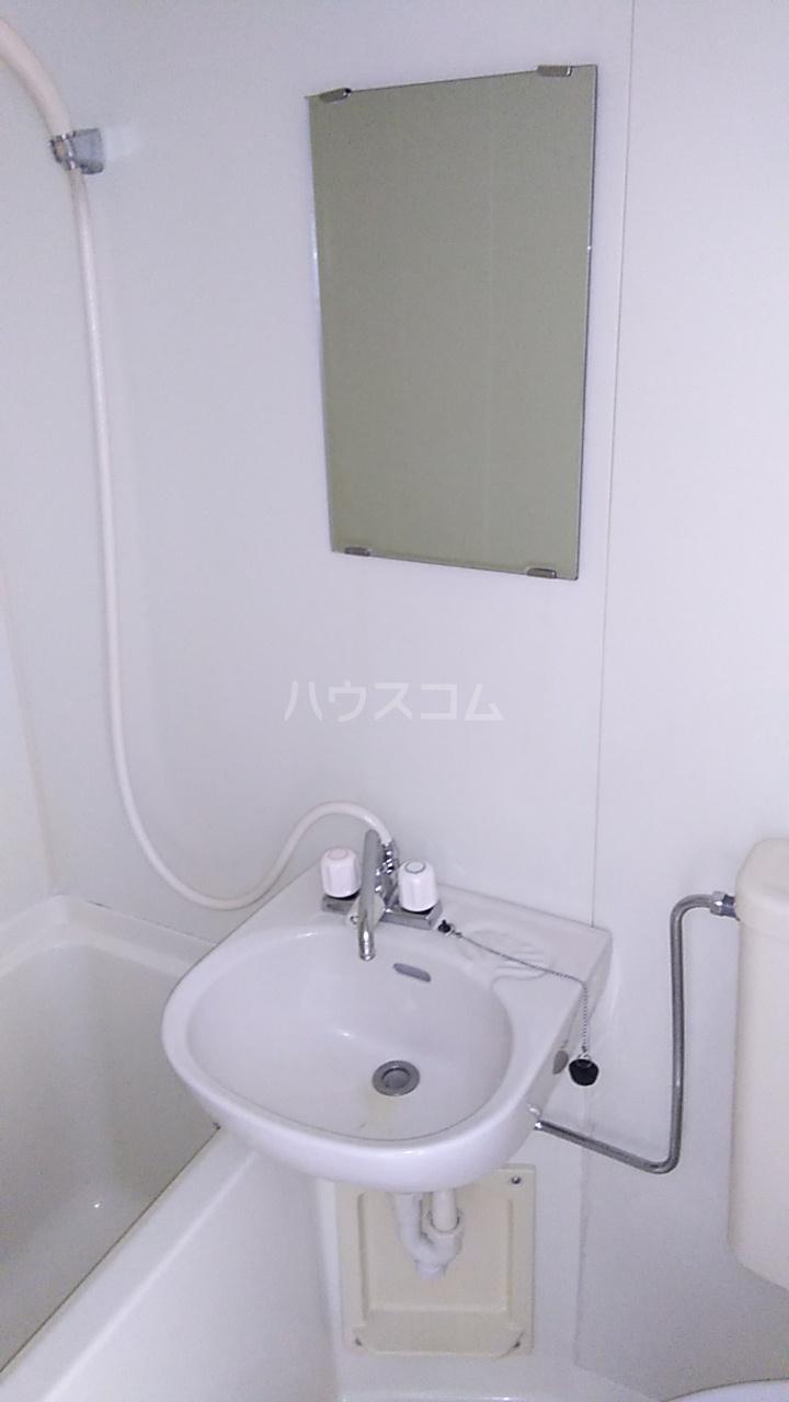 PALACE弘明寺Ⅰ 102号室の洗面所