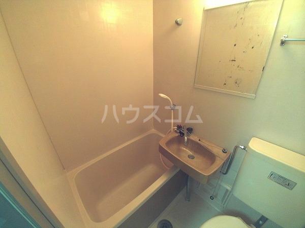 コーポチェリー 102号室の風呂