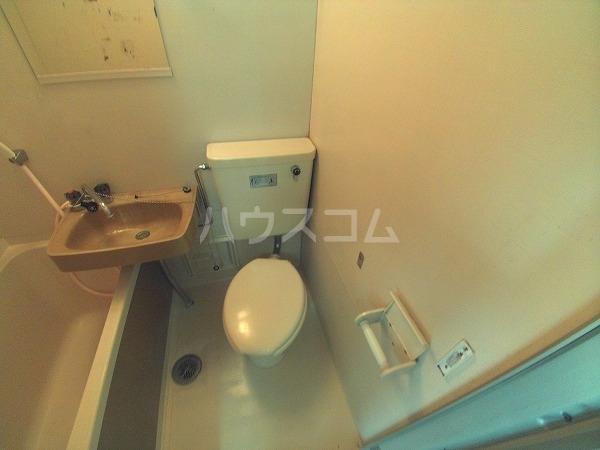 コーポチェリー 102号室のトイレ