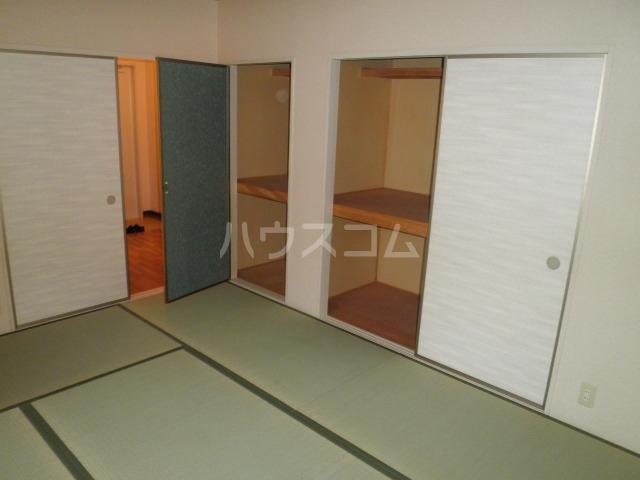 サンメイト杉本 A201号室の居室