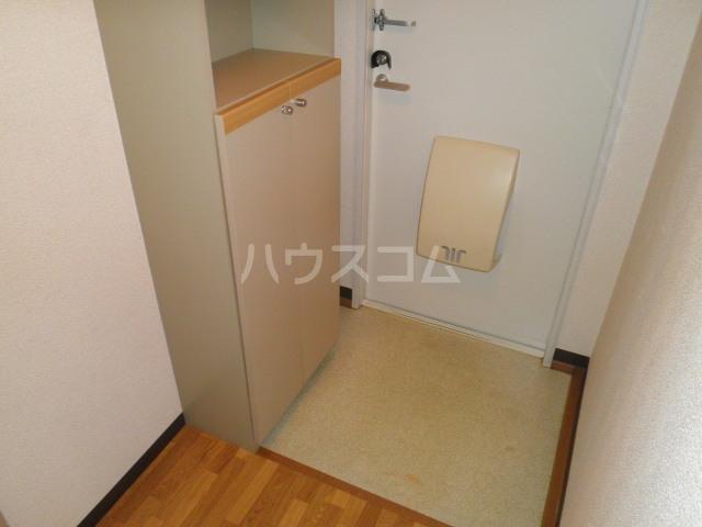 サンメイト杉本 A201号室の玄関