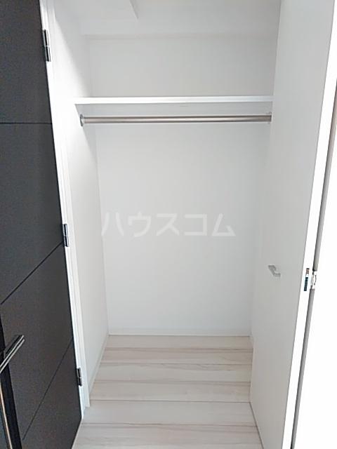 レアライズ綾瀬 406号室の収納