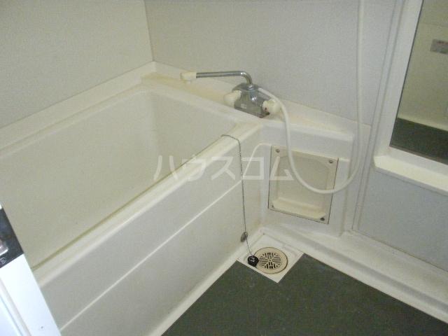 ルイシャトレ百草園ヒルズB棟 7F号室の風呂