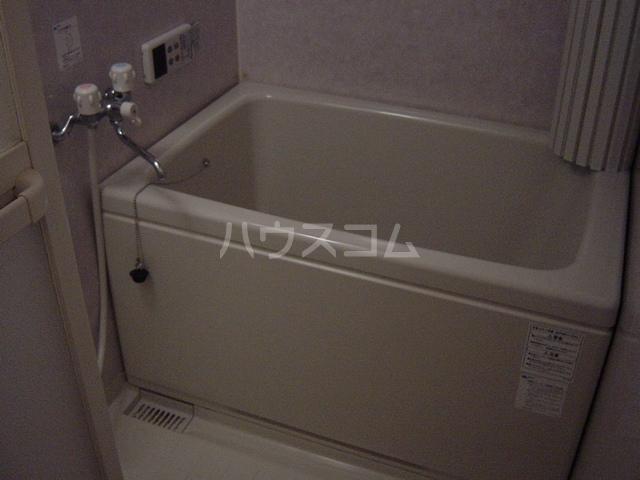 エル・アール 105号室の風呂