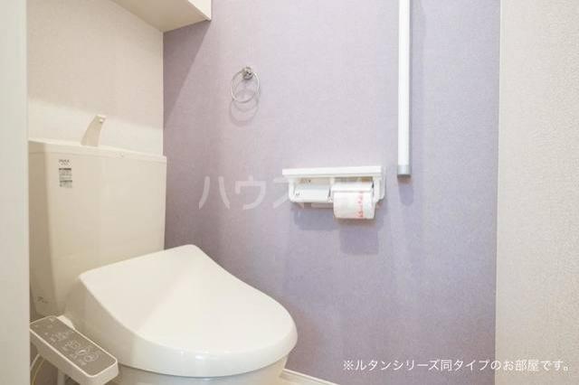 カーサ アルソーレ 01010号室のトイレ