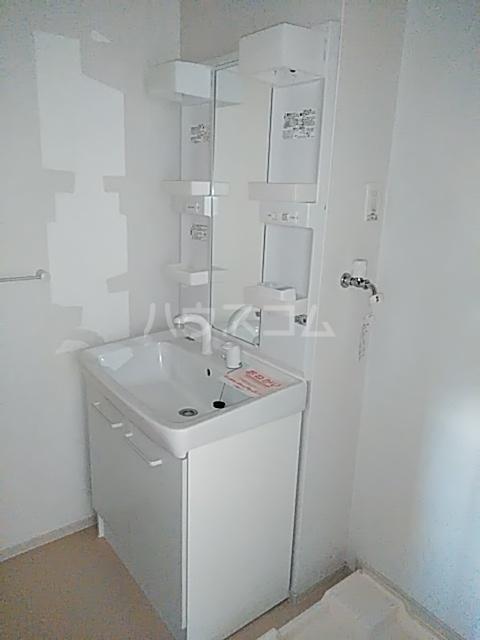 聖(ひじり) 02020号室の洗面所