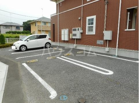 ソラボレⅠ 02020号室の駐車場