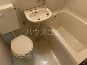 FBA33 202号室の風呂
