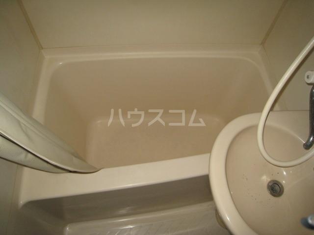 ホシオウビル 301号室の風呂