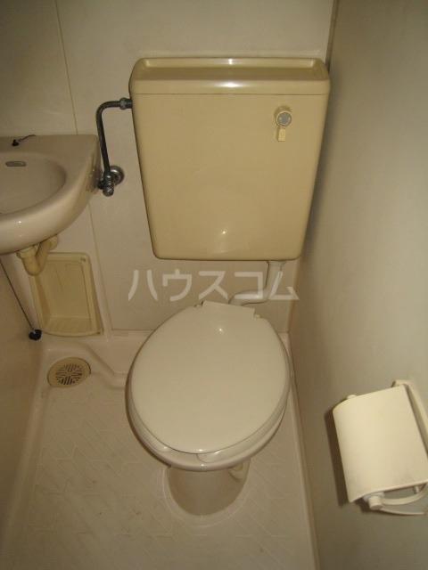 ホシオウビル 301号室のトイレ