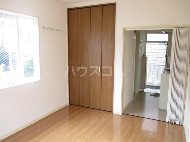 アゼリアKⅠ 101号室のキッチン