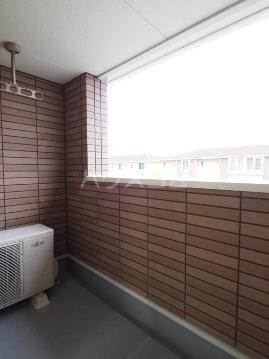 チヨ タウンC 02020号室のバルコニー