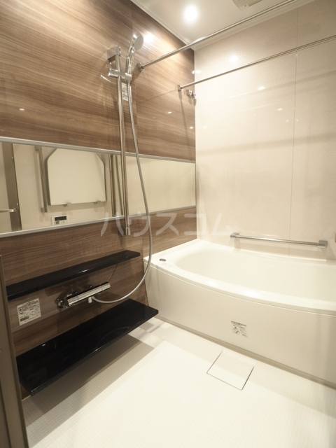 プラウド東白壁 106号室の風呂