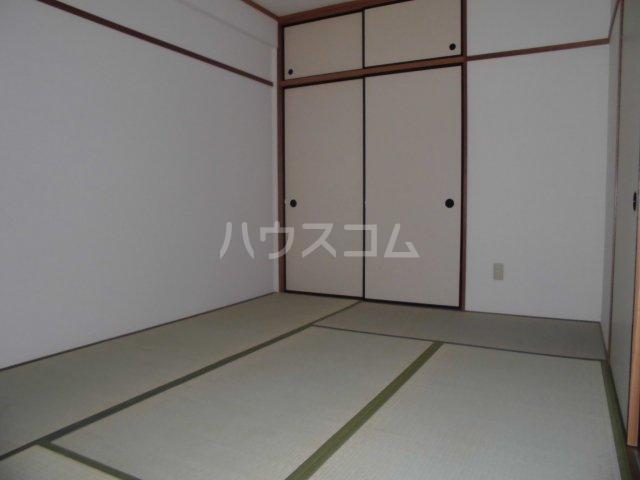 アパートメントハウス朴の樹 601号室の居室
