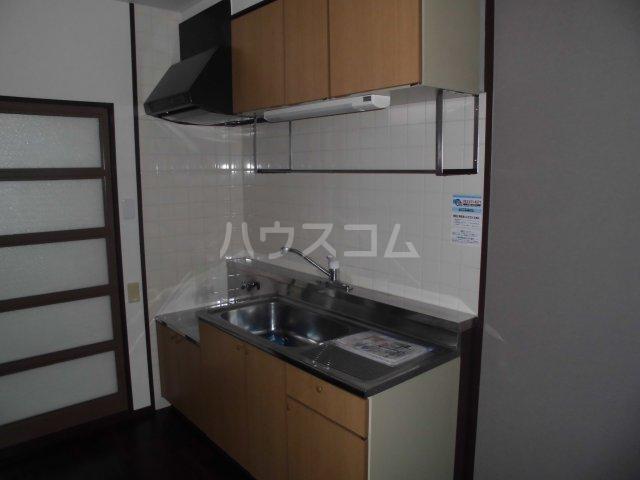 アパートメントハウス朴の樹 601号室のキッチン