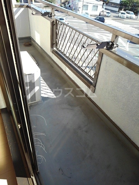 ニューエルディム土居 03030号室のバルコニー