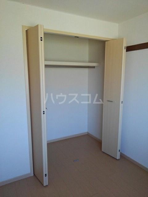ニューエルディム土居 03030号室の収納