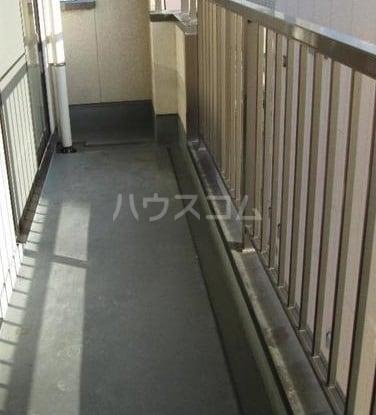 ピュアハイツ 03010号室のバルコニー