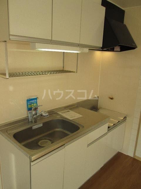 ピュアハイツ 03010号室のキッチン