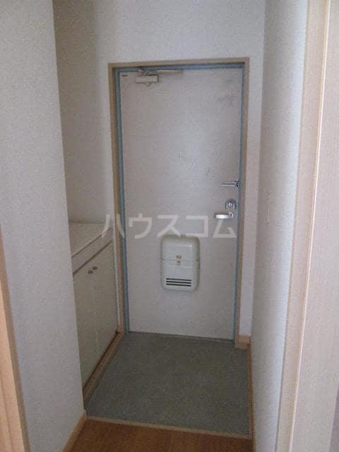 ピュアハイツ 03010号室の玄関
