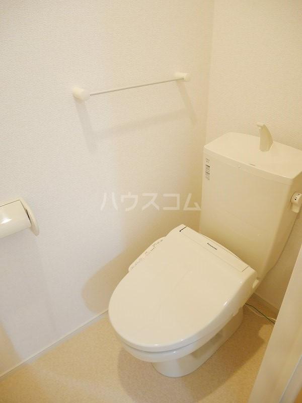 ロックヴィレッジⅠ 01010号室のトイレ