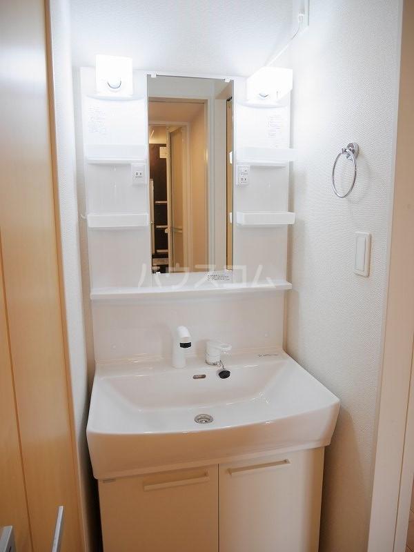 ロックヴィレッジⅠ 01010号室の洗面所