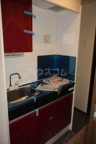 シエナ町田 101号室のキッチン
