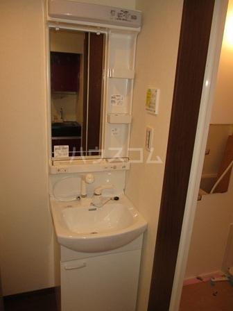 シエナ町田 101号室の洗面所