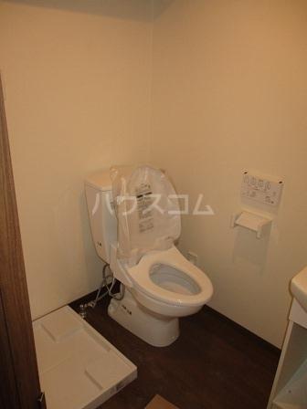 シエナ町田 101号室のトイレ