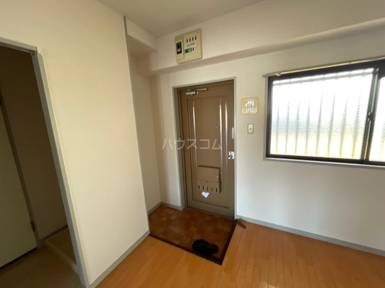 セーフズマンション 304号室の玄関