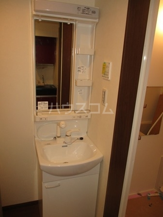 シエナ町田 103号室の洗面所