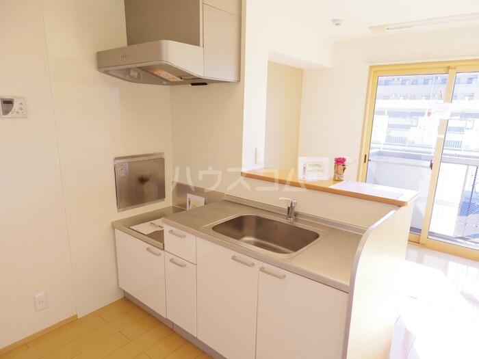 マローネ B 201号室のキッチン