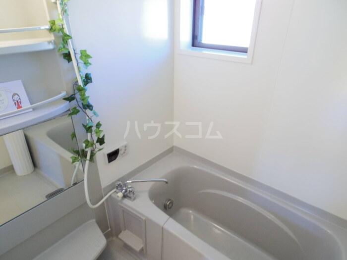 マローネ B 201号室の風呂