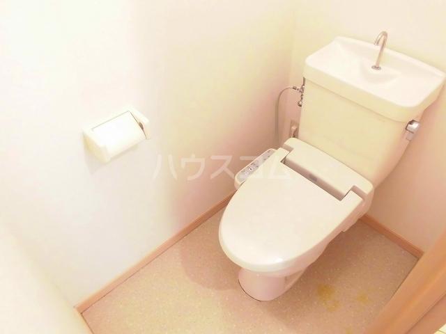 メゾンセントポーリアB 01030号室のトイレ