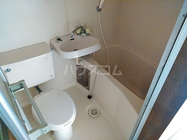 ファーストヒル江田 102号室の風呂