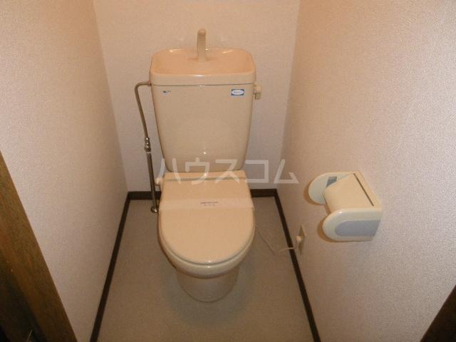 City heightsパンジー 102号室のトイレ