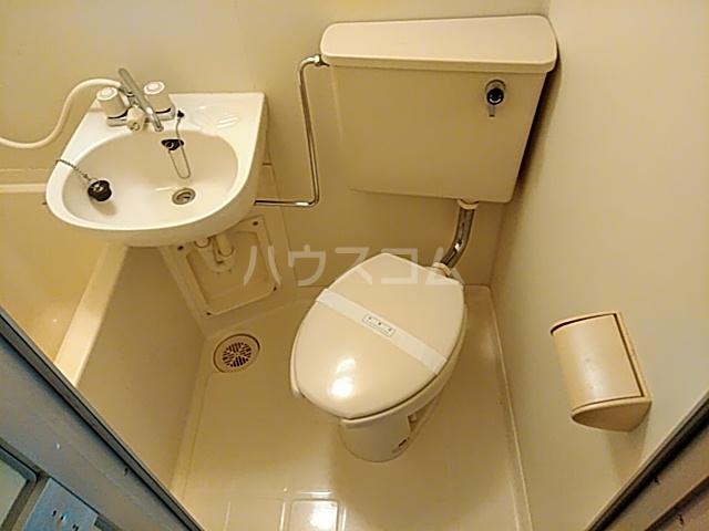 セントヒルズ橋本 207号室の洗面所