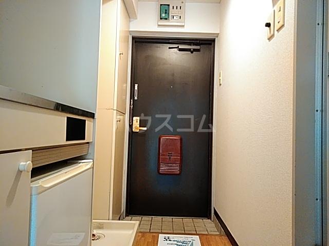 セントヒルズ橋本 207号室の玄関