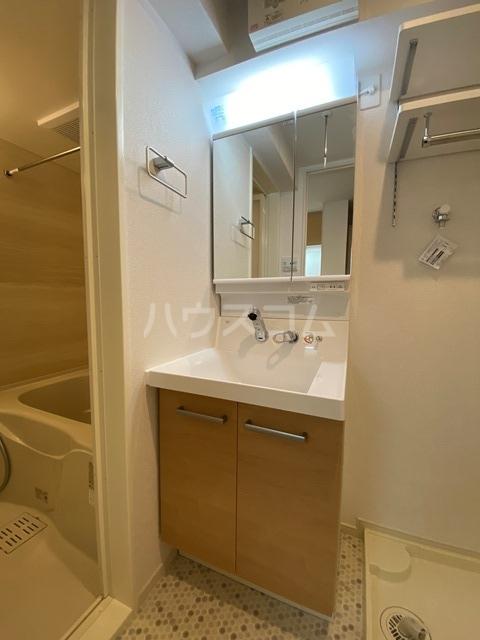 サン・リグノ 01030号室の洗面所