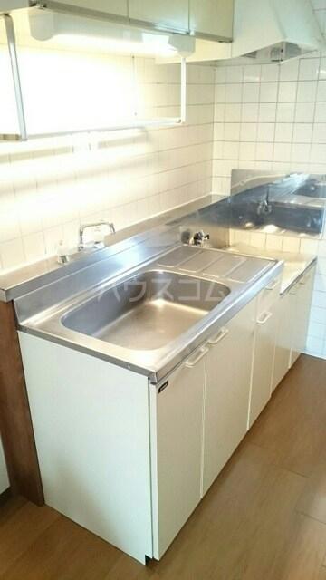 ハイツイチハラB 02030号室のキッチン