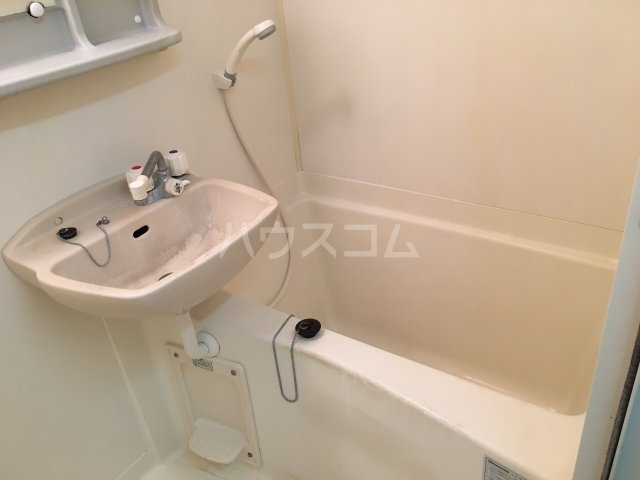 セレ青葉台 102号室の風呂