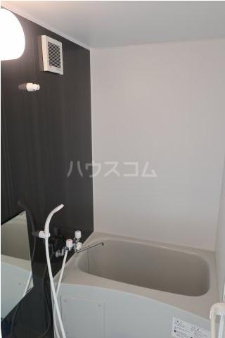 根岸スパイスガールズ 201号室の風呂