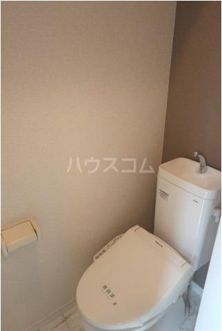 根岸スパイスガールズ 201号室のトイレ