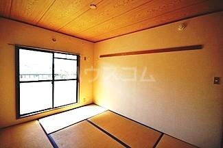 サカエハイツ 0305号室の居室
